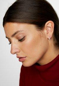 Michael Kors - PREMIUM - Earrings - silver-coloured - 1