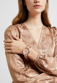 Michael Kors - SLIM RUNWAY - Horloge - multi - 0
