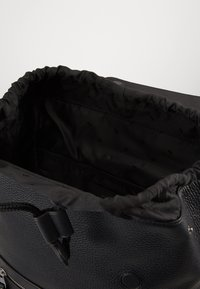 Michael Kors - FLAP BACKPACK - Reppu - black - 3