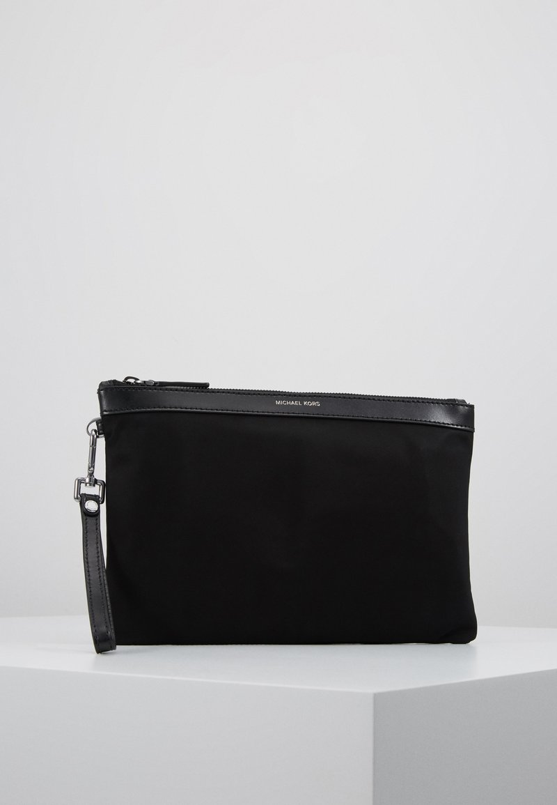 Michael Kors - TRAVEL POUCH - Trousse de toilette - black