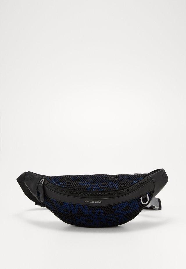 BROOKLYN SMALL HIP BAG - Bum bag - black