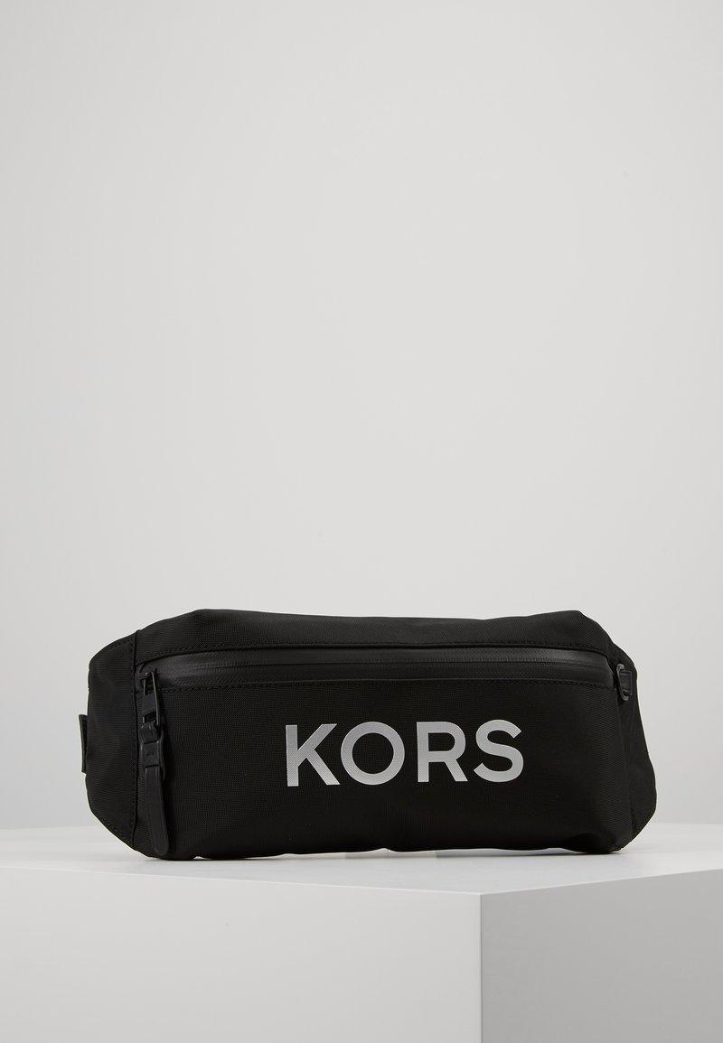 Michael Kors - TECH HIP BAG - Sac banane - black