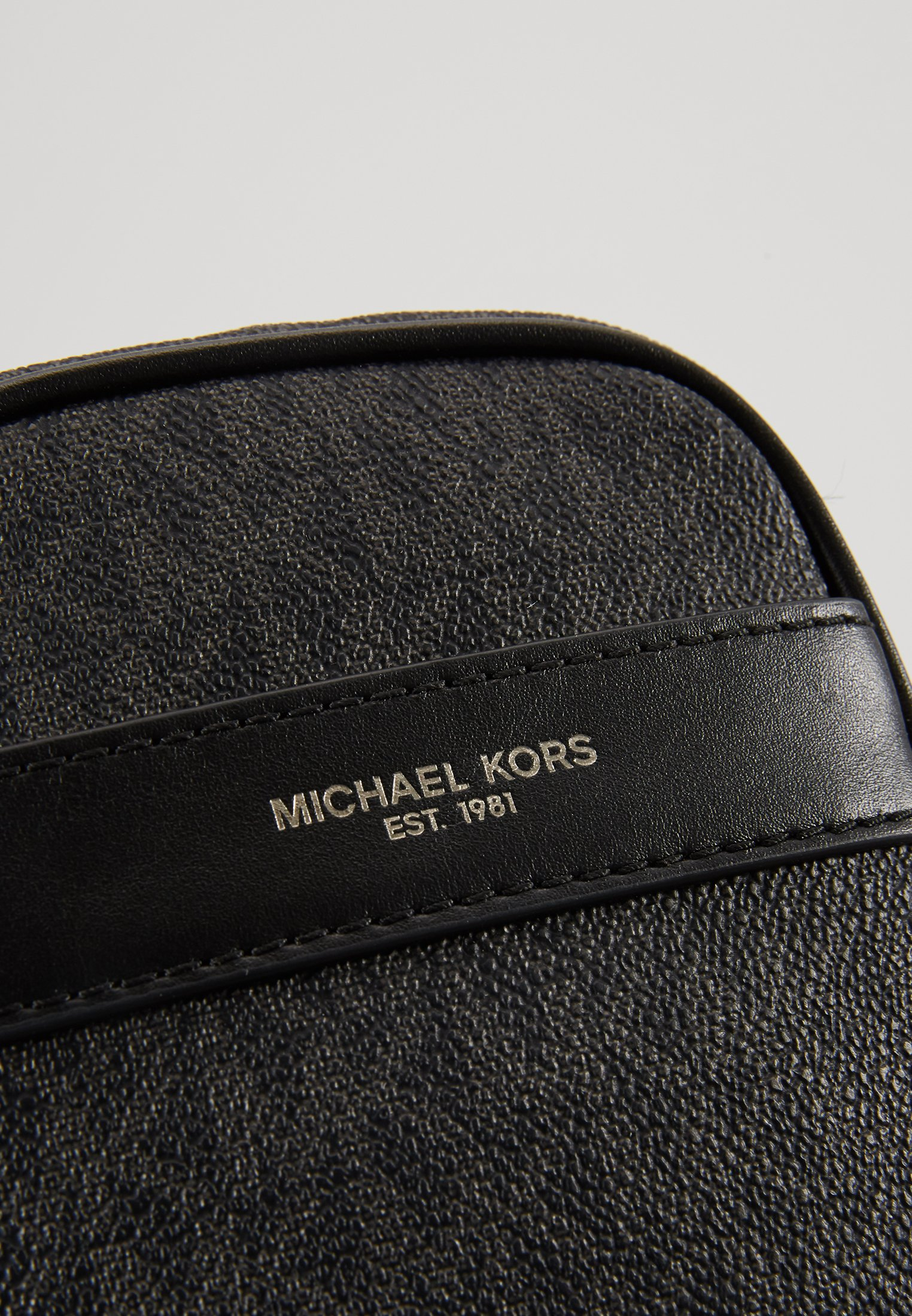 Michael Kors BROOKLYN XBODY - Borsa a tracolla - black