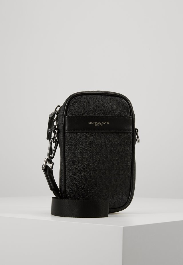 BROOKLYN XBODY - Across body bag - black