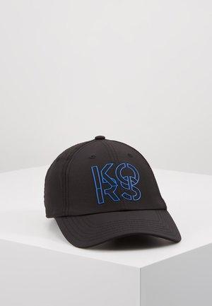 STACKED HAT - Kšiltovka - black
