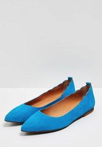 myMo - Baleríny - turquoise - 3