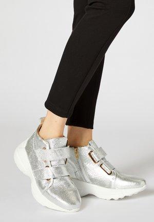 Sneakers hoog - silver