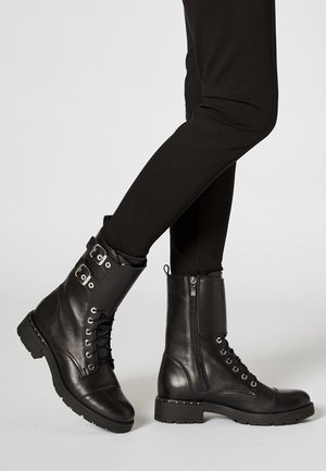 Botines con cordones - black
