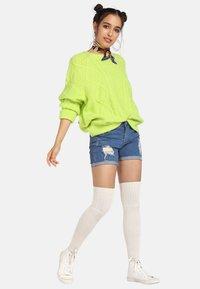 myMo - Trui - neon green - 1