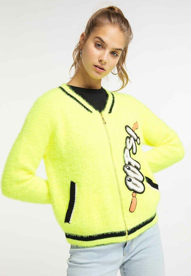 Strickjacke - neon yellow