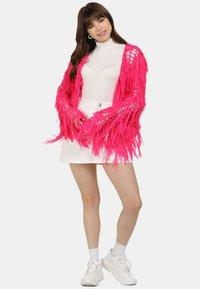 myMo - STRICKJACKE - Cardigan - neon pink - 1
