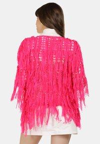 myMo - STRICKJACKE - Cardigan - neon pink - 2