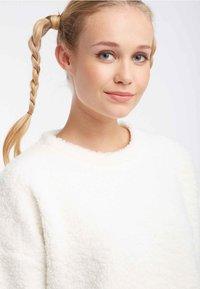 myMo - Fleece jumper - cream - 3