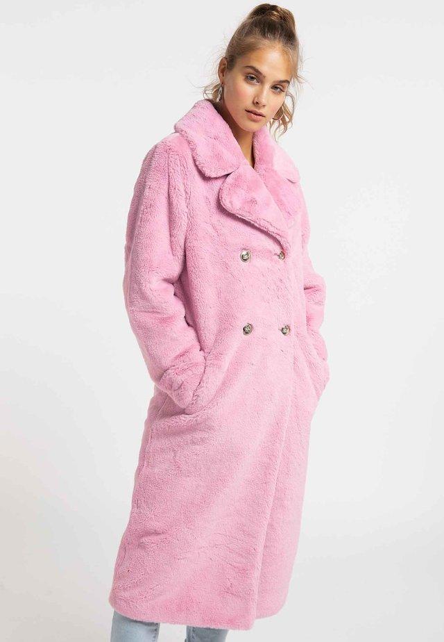 MANTEL - Wintermantel - light pink