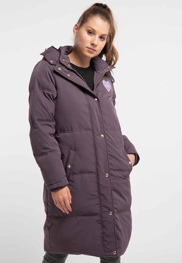 Płaszcz zimowy - aubergine
