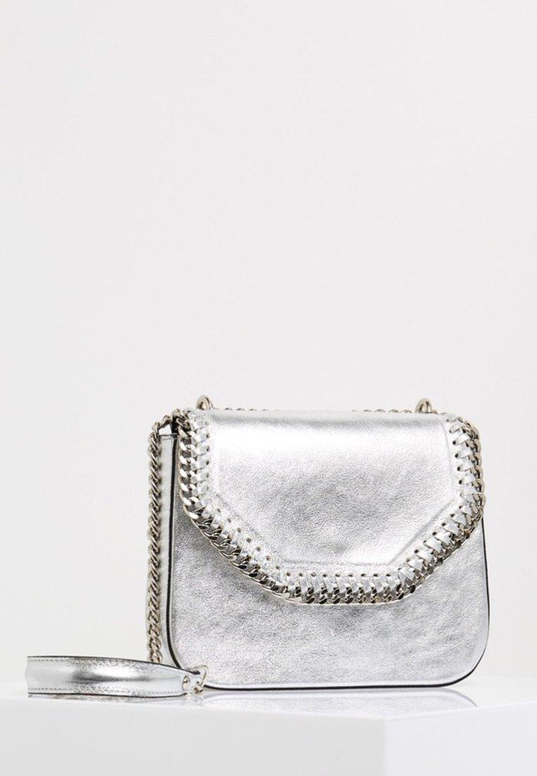 myMo - Across body bag - silver