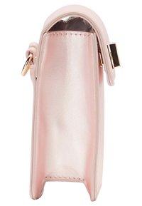 myMo - Bum bag - pink metallic - 3