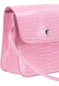 myMo - Taška spříčným popruhem - pink - 5