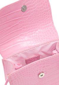 myMo - Taška spříčným popruhem - pink - 4
