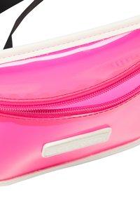 myMo ATHLSR - Ledvinka - neon pink - 4