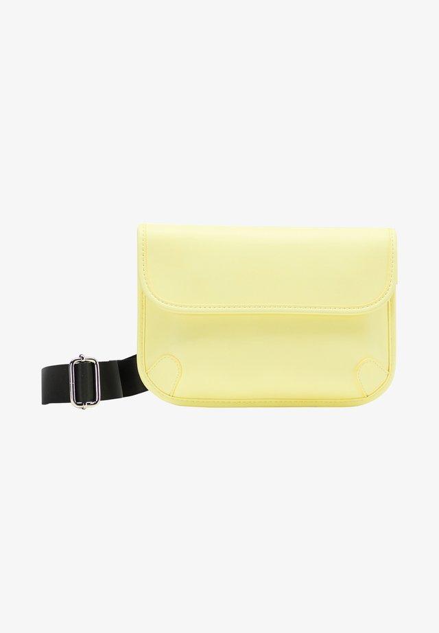 Ledvinka - light yellow