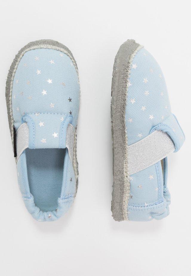KLEINER STERN - Pantofole - himmelblau
