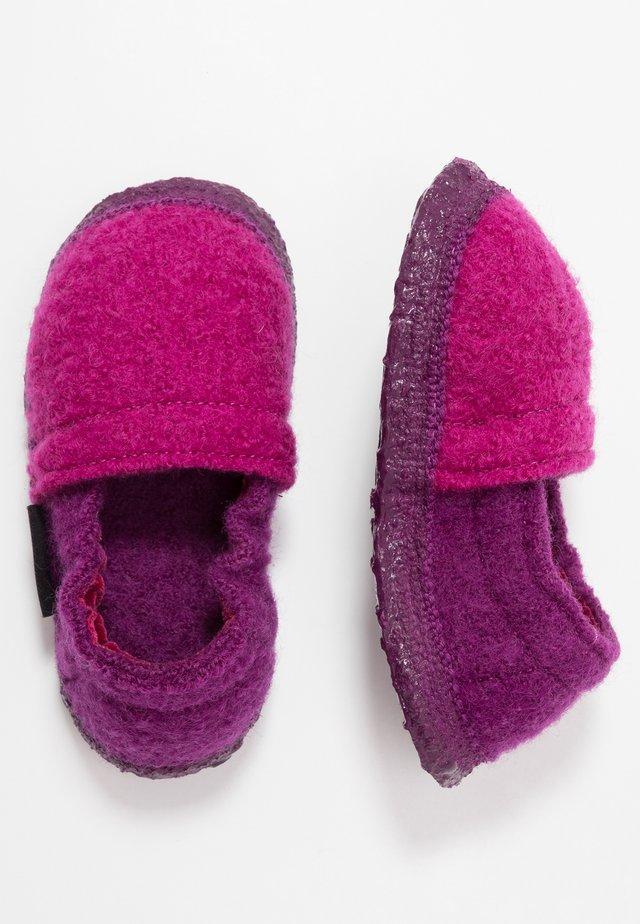 LENNY - Slippers - bordeaux