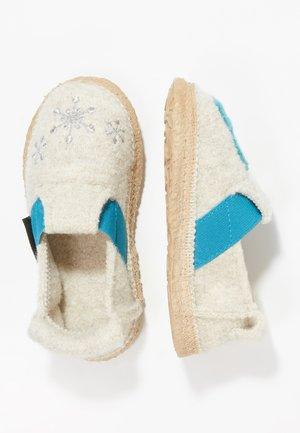 ICE PRINCESS - Domácí obuv - lamm