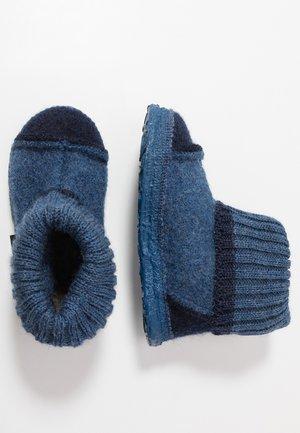 TAL - Pantofole - mittelblau