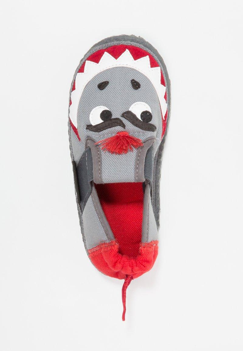 Nanga - HAI - Domácí obuv - mittelgrau
