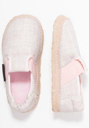 JEANY - Domácí obuv - rosa