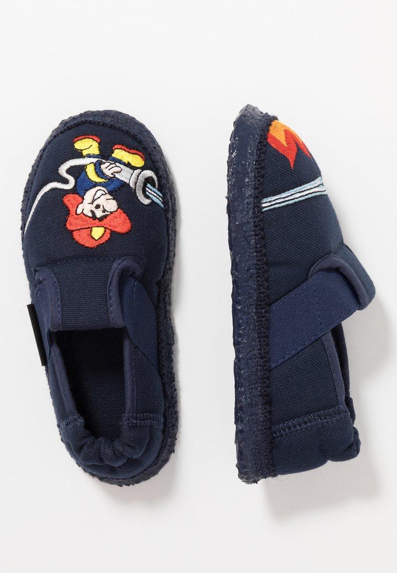Nanga - FEUERWEHR - Domácí obuv - dunkelblau
