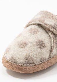 Nanga - SNEAKY - Domácí obuv - offwhite - 2