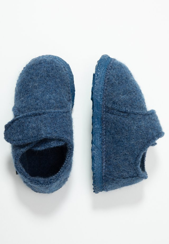 SNEAKY - Slippers - blau