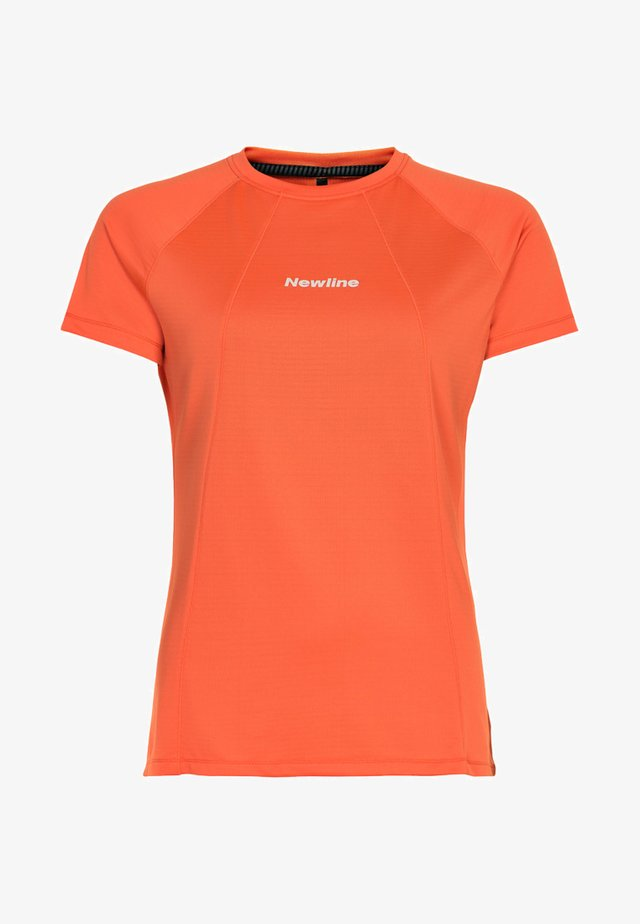 TECH TEE - T-shirt imprimé - soft orange