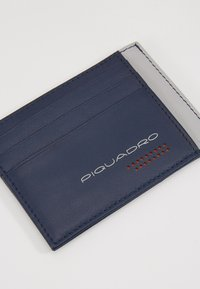 Piquadro - POCKET CREDIT CARD POUCH - Lommebok - navy/grey - 2