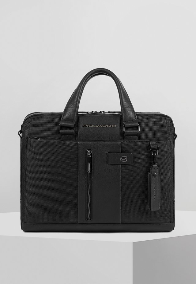 PIQUADRO LAPTOPTASCHE LEDER 37 CM LAPTOPFACH - Aktentasche - black