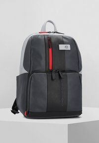 Piquadro - URBAN BUSINESSRUCKSACK LEDER 39 CM LAPTOPFACH - Reppu - grey black - 0