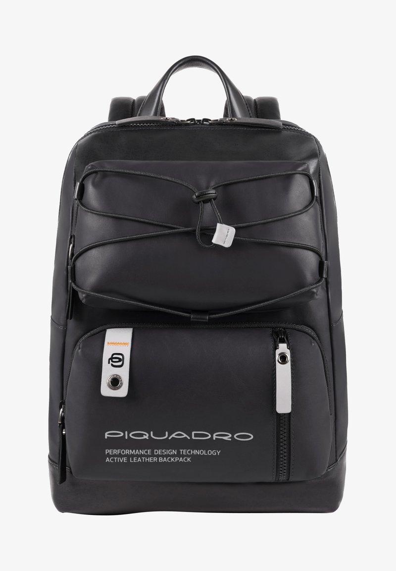 Piquadro - Tagesrucksack - black
