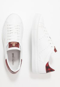 Roberto Cavalli - Sneakers - white/red - 1