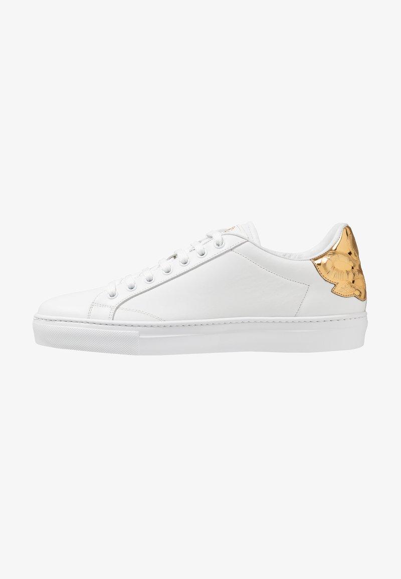Roberto Cavalli - Sneakersy niskie - white/gold