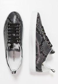 Roberto Cavalli - Sneakers - stone/silver - 1