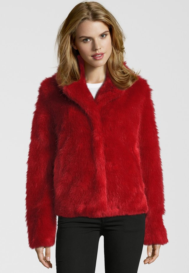 PEAK - Winter jacket - risky red