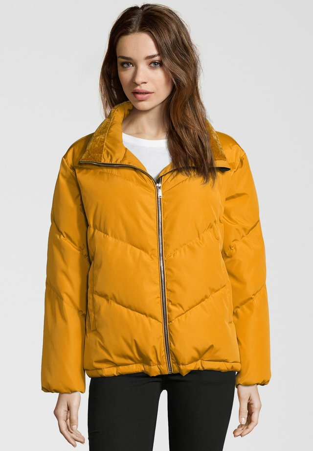 HALLY - Winter jacket - yellow