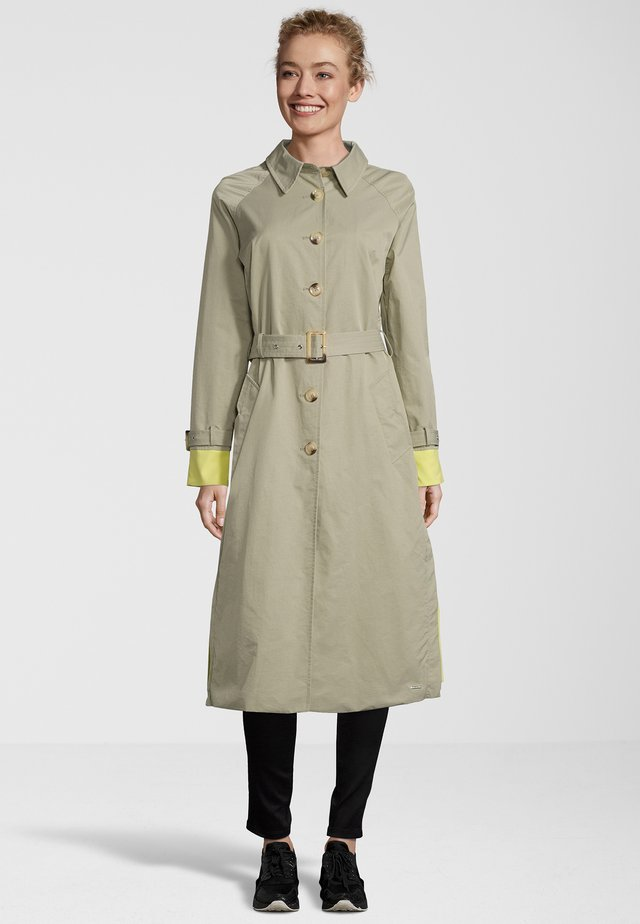 TRENCHCOAT MYATT - Trenchcoat - green