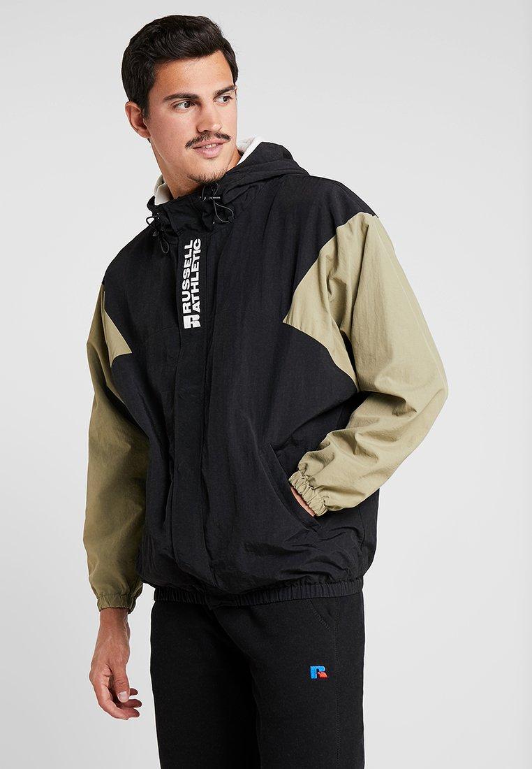 Russell Athletic - BRADLEY HOOD BRANDED SPORT JACKET - Outdoor jacket - black