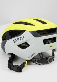 Smith Optics - NETWORK MIPS - Helm - matte neon yellow viz - 5