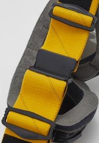 Smith Optics - MAG - Gogle narciarskie - black/yellow - 4