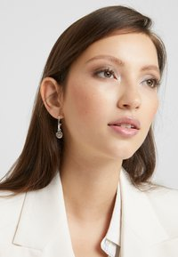 SNÖ of Sweden - MADELEINE ROUND EAR PLAIN - Earrings - silver-coloured - 1
