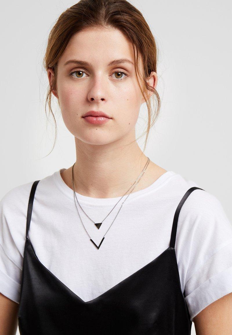 SNÖ of Sweden - PATH DOUBLE PENDANT NECK - Collar - black